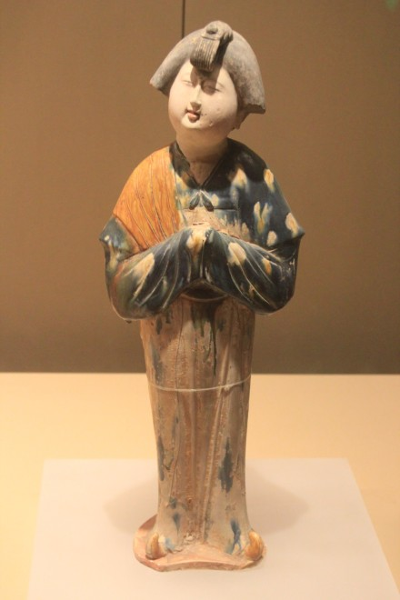 A figurine of a Chinese woman from the Hui dynasty (11th century AD).