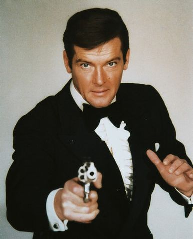 Tom-Ford-for-James-Bond-Skyfall-Roger-Moore